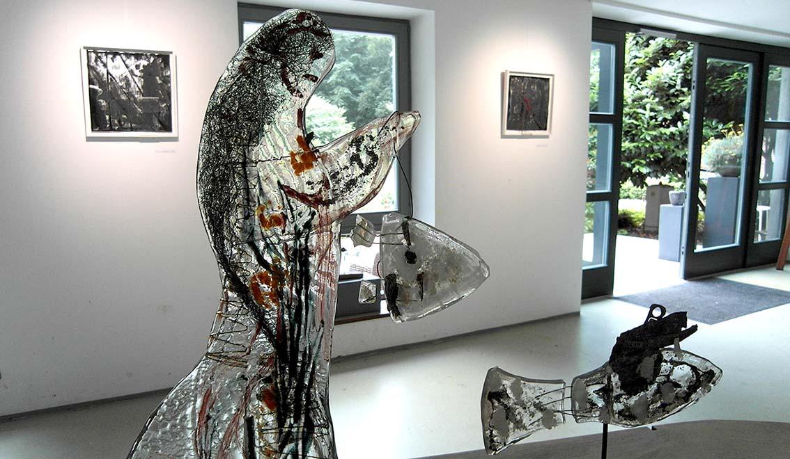Ausstellung-Glasskulpturen-der-fischzug