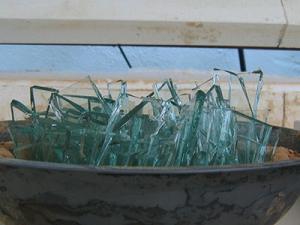 glasscherben-verschmelzen-in-einer-form